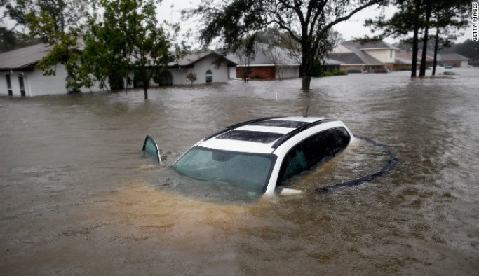 ABD'de sel nedeniyle 3 kişi öldü