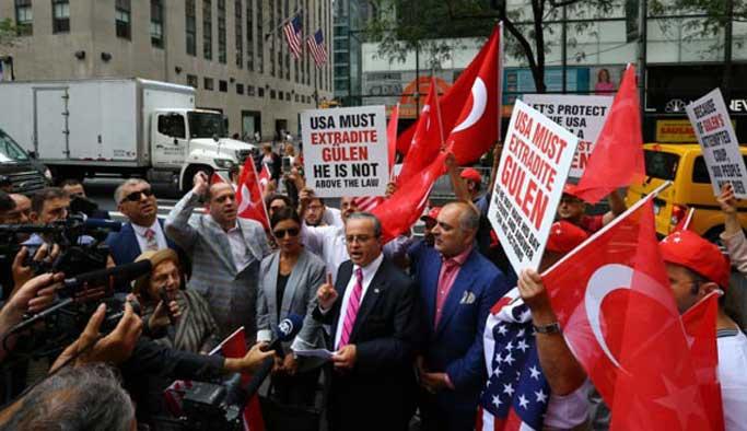 ABD'deki Türkler NBC'yi protesto etti