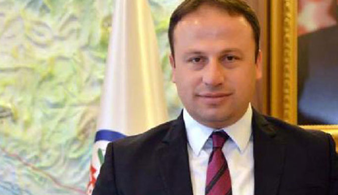 AK Partili başkan 155 ihbarıyla gözaltına alınmış