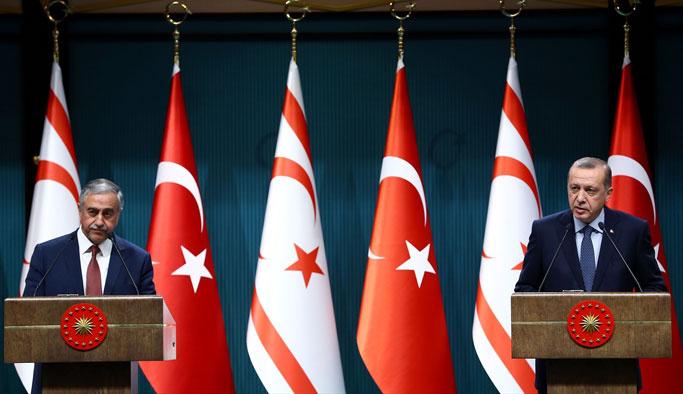 Akıncı'dan Erdoğan'a 'liderlik' övgüsü