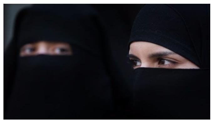 Almanya burka ve çarşafı yasaklayacak