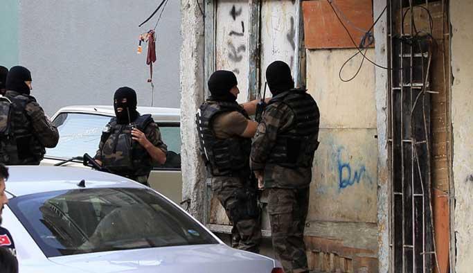 Ankara'da IŞİD hücre evlerine baskın