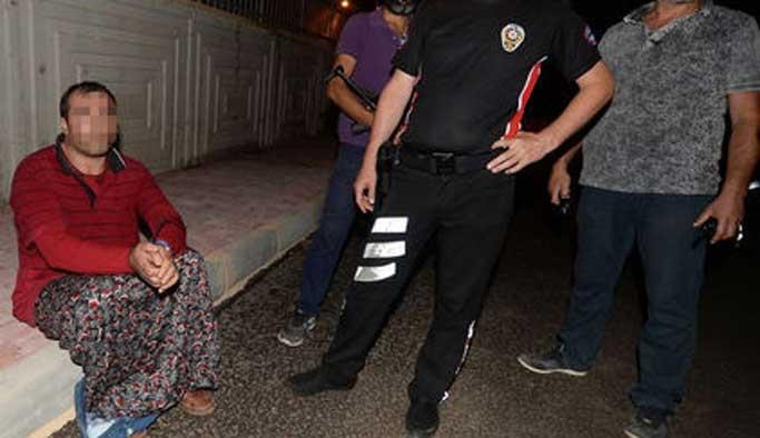 Antalya'da 'etekli, başörtülü' adam paniği