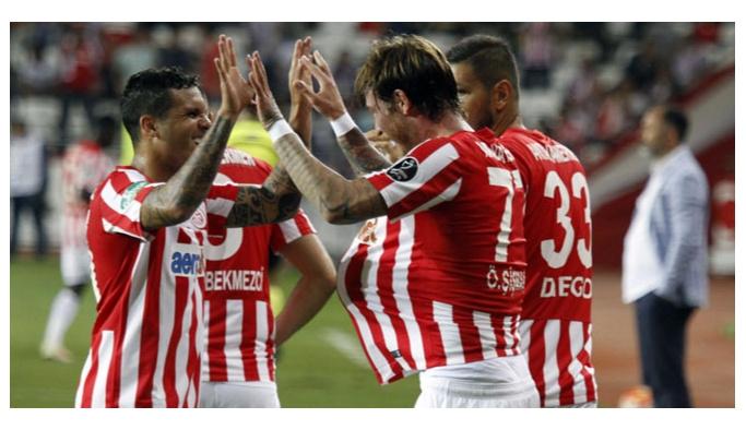 Antalyaspor'da 3 transfer