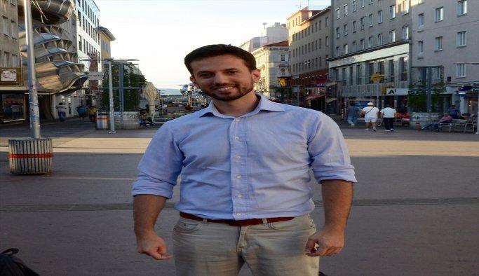 Avusturyalı vekile demokrasi dersi veren Türk gencine büyük ilgi