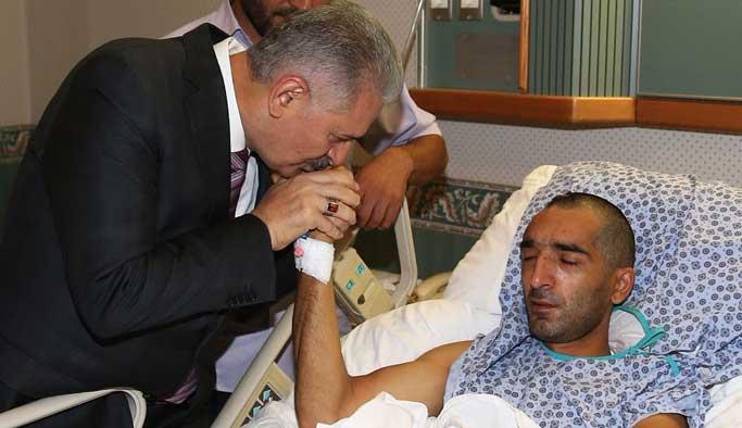 Başbakan Cuma namazını Karargâh'ta kıldı