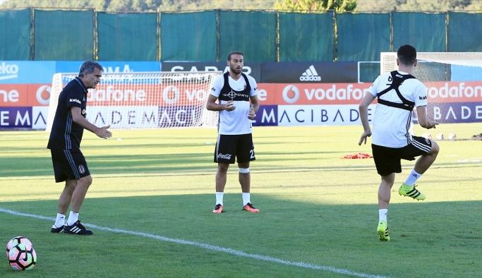 Beşiktaş'ta Sosa antrenmana katılmadı