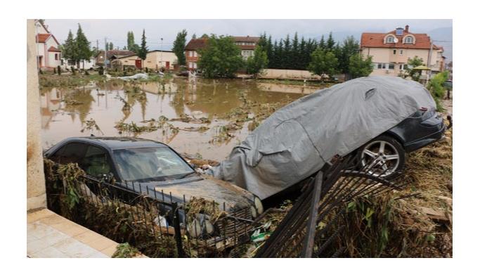 Bursa'dan Makedonya'daki selzedelere yardım