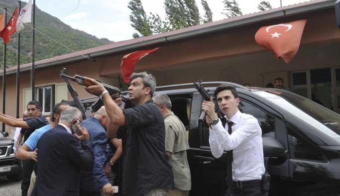 CHP konvoyuna saldırıda 1 asker şehit oldu