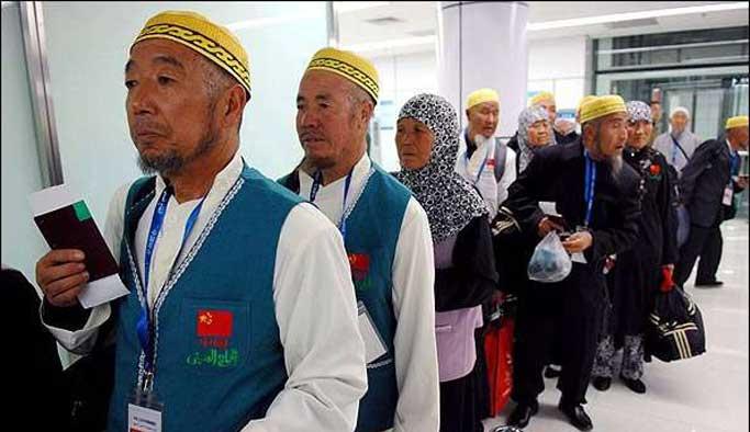 Çinli hacı adayları Mekke'ye hareket etti