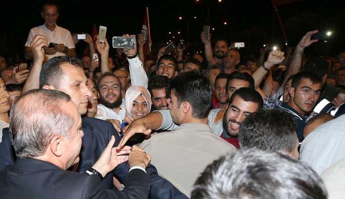 Cumhurbaşkanı Erdoğan da nöbete katıldı