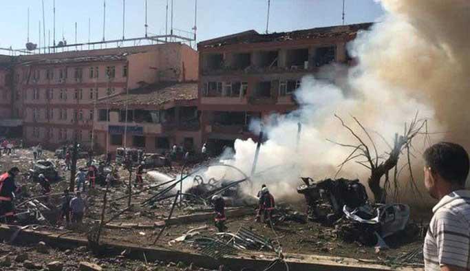 Elazığ'da bombalı saldırı: 3 şehit, 170 yaralı FOTO VIDEO