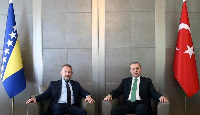 Erdoğan, Bosna-Hersek Başkanlık Konseyi Üyesi İzzetbegoviç ile görüştü