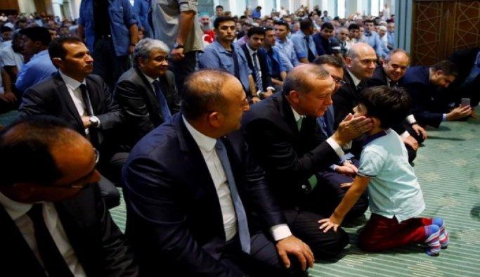 Erdoğan, cuma namazını Beştepe Millet Camisi'nde kıldı