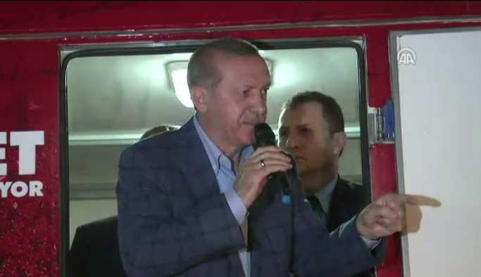 Erdoğan İstinye'de vatandaşlara seslendi