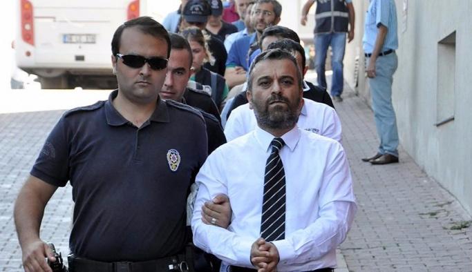 FETÖ'nün firardaki avukatları yakalandı