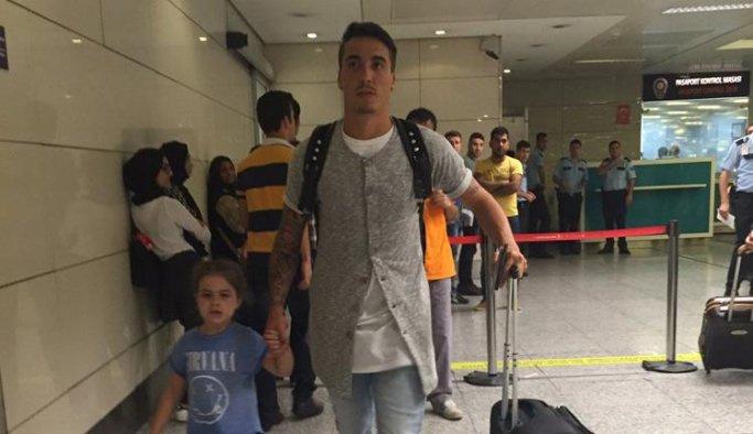 Galatasaray Josue'yi İstanbul'a getirdi