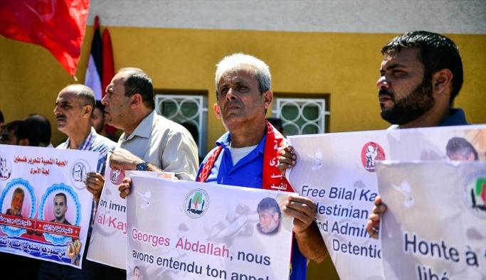 Gazze'de Lübnanlı tutuklu için gösteri