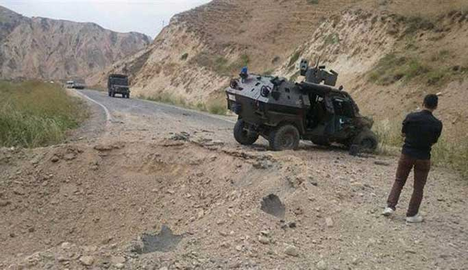 Hakkari'de zırhlı araca bombalı saldırı