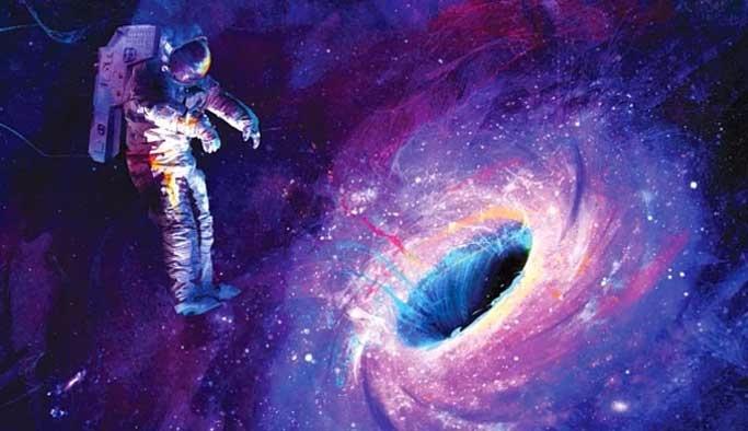 Hawking: 'Kara delikten başka bir evren mümkün'