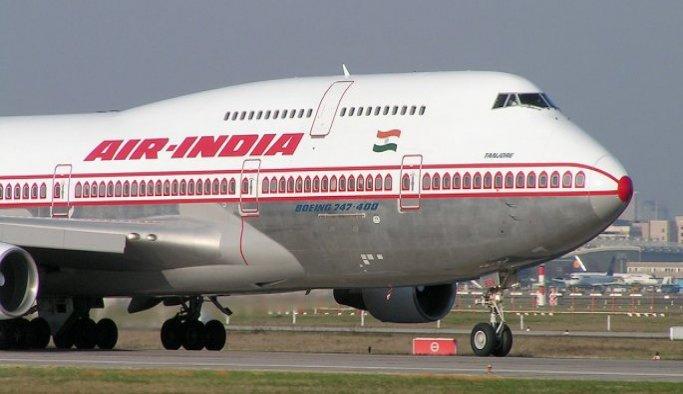 Hindistan uçağı İstanbul'a acil iniş yaptı