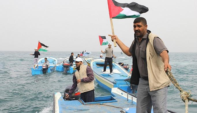 İsrail'den Filistinli balıkçılara gözaltı