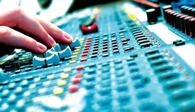 İsrail, Filistin radyosunu kapattı