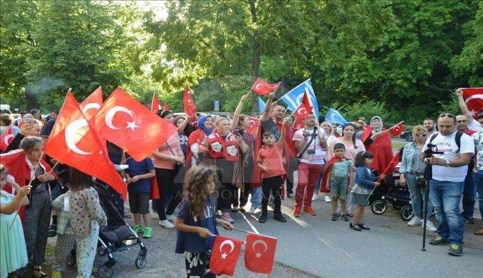 İsveç'te FETÖ protesto edildi