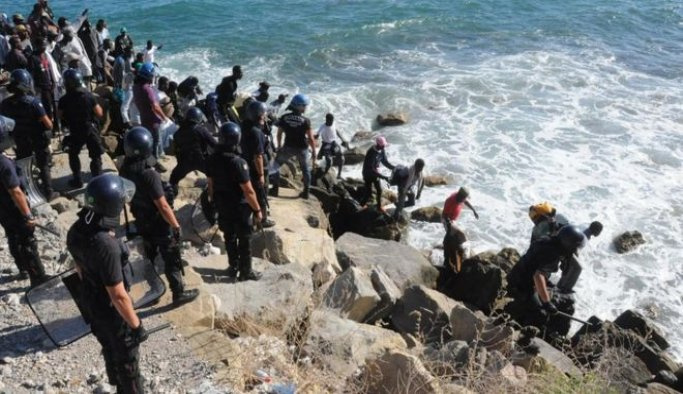 İtalya-Fransa sınırındaki kasabada sığınmacı hareketi