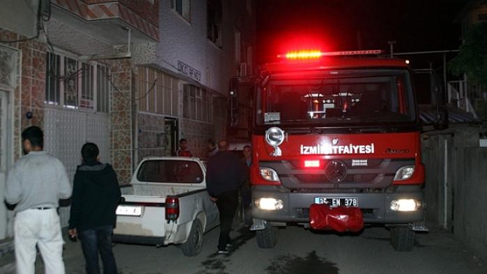 İzmir'de korkunç ev yangını