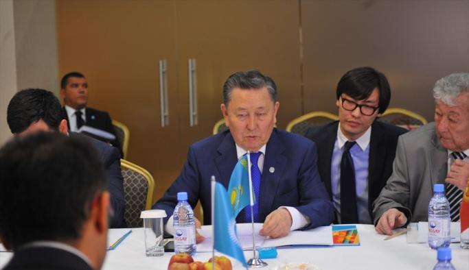 Kazakistan'da Aksakallar Keneşi toplantısı