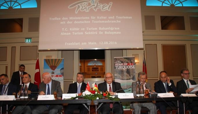 Kültür ve Turizm Bakanı Avcı, Frankfurt'ta