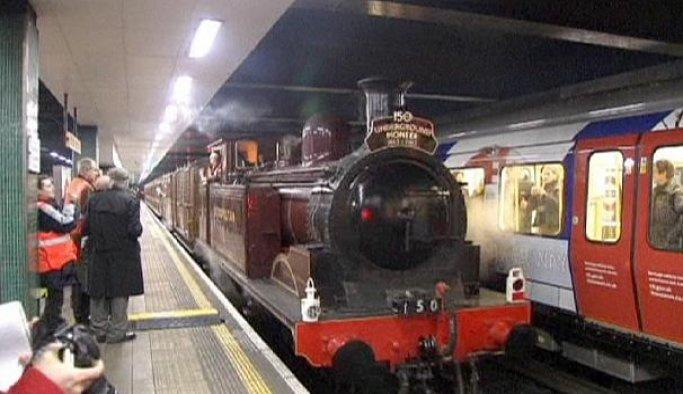 Londra metrosu gece seferlerine başlıyor