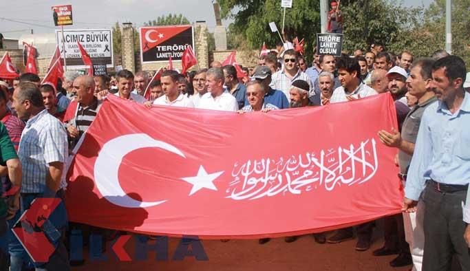 Muş halkı PKK'ya lanet okudu