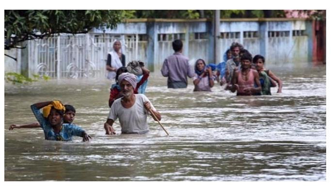 Muson yağmurlarında 175 kişi hayatını kaybetti