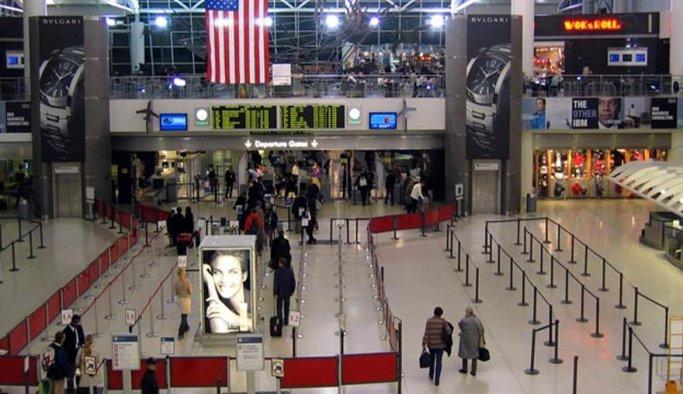 New York havalimanında 'silah sesi' paniği