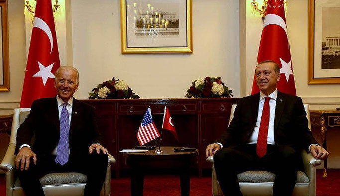 Obama'nın yardımcısı Biden Türkiye'ye geliyor