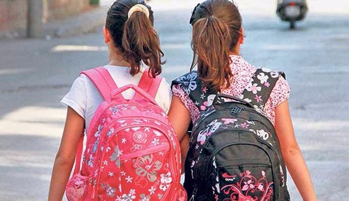 Okul çantası seçerken çocuğunuzun sağlığını düşünün