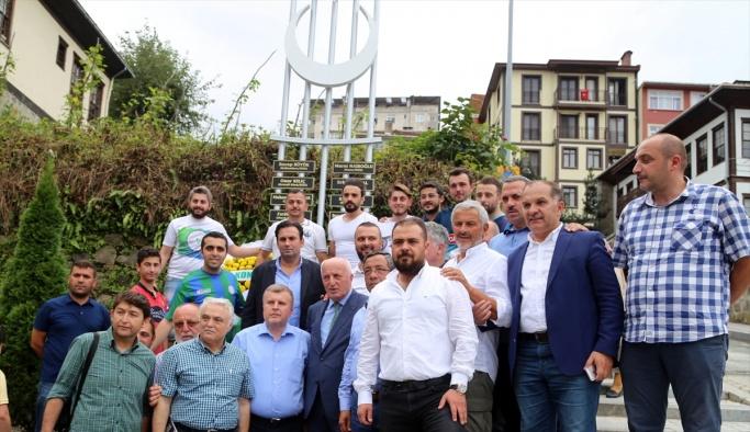Rizespor ve Konyaspor'dan şehitlere saygı