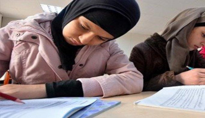 Suriyeli öğrencilere meslek lisesi yolu açıldı