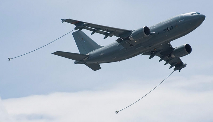 Tanker uçaklar İncirlik'ten havalandı