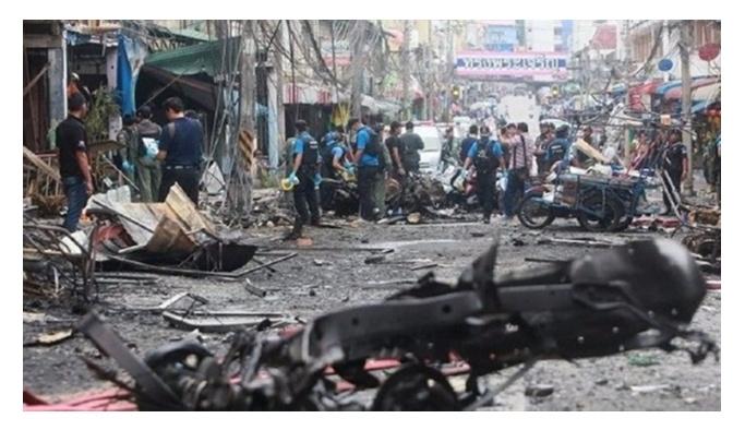 Tayland'da 4 yerde patlama