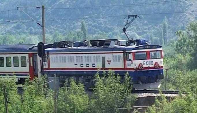 Terör örgütü yoksullara kömür taşıyan treni yaktı