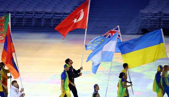 Türkiye'nin tek altın madalya aldığı '2016 Rio' bitti FOTO