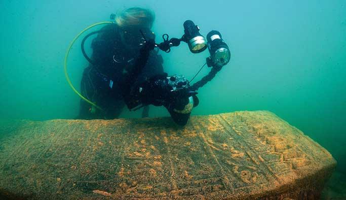 Van Gölü'nün derinliklerindeki sırlar