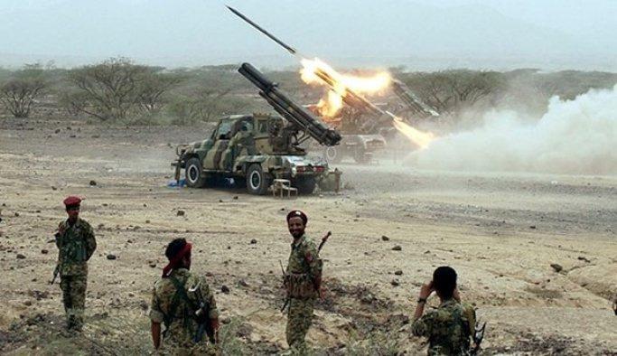 Yemen Arabistan'a füze attı