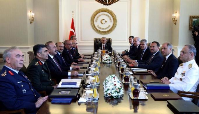 Yüksek Askeri Şura yeni üyeleriyle toplandı
