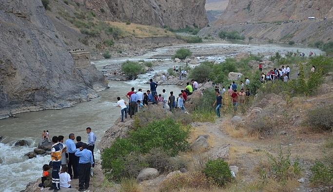 Zap Deresi'nde kaybolan iki çocuktan diğerinin de cesedine ulaşıldı