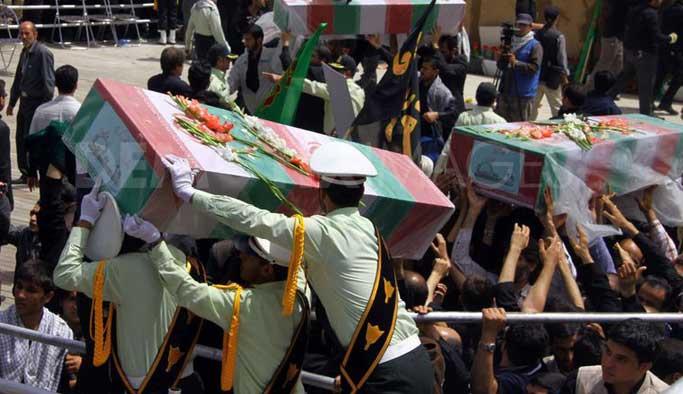 12 İran askeri Suriye'de öldürüldü