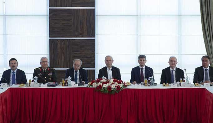 22 ilin valisi 'acil kodu'yla Ankara'da